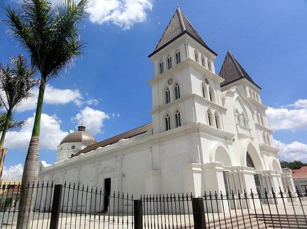 Catedral-de-Santiago-de-los-Caballeros